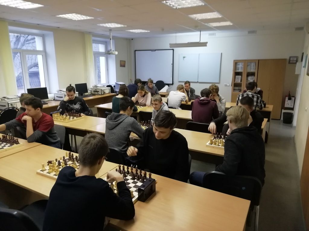 Шахматный турнир среди студентов Колледжа связи №54