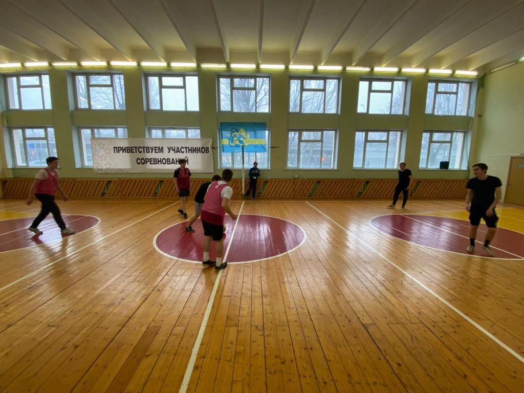 Стартовал турнир по мини-футболу на ОП №6
